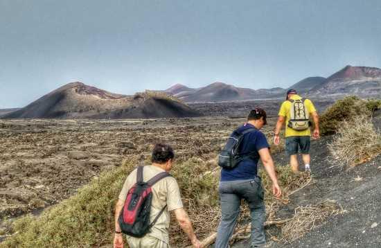 Senderismo por el paisaje lunar de Lanzarote